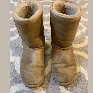UGG classic short boots 5842 metallic gold